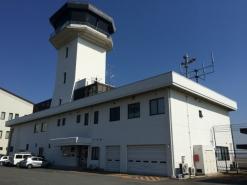 某空港管制塔改修工事